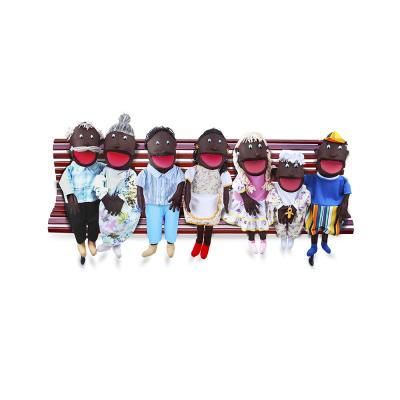 Fantoches Gigantes - Família Negra